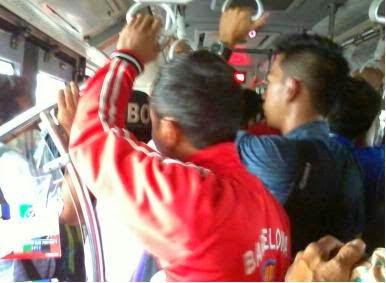 Tips Agar Terhindar Dari Copet Di Dalam Busway