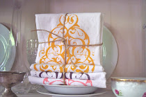 FLOUR SACK TOWELS MODERN PAISLEY