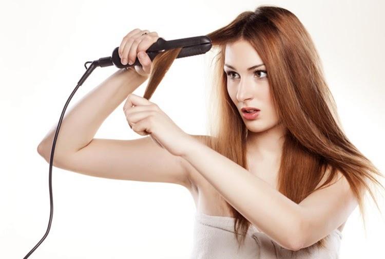 4 Kesalahan Yang Biasa Anda Lakukan  Ketika Mencatok Rambut