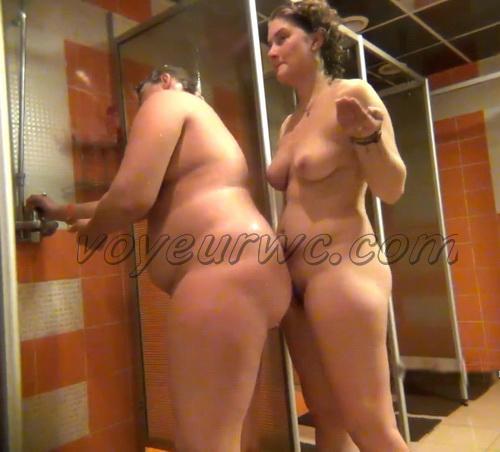 Shower Spy 179-188 (Hidden Camera in a Fitness Club Shower)