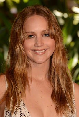 jennifer lawrence, jennifer lawrence breast, jennifer lawrence the hunger game, jennifer lawrence photos, jennifer lawrence luncheon