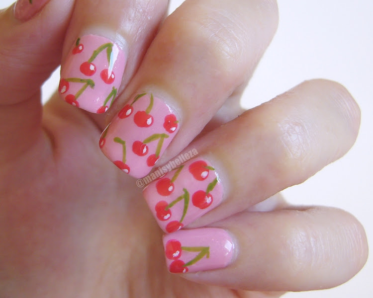 nail art de cerezas cherry nails