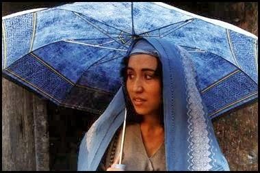 A las cinco de la tarde (Samira Makhmalbaf, 2003)