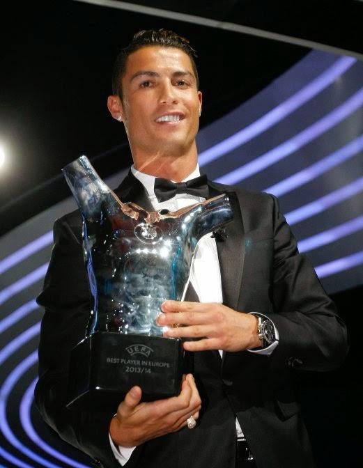 Bola Sepak Cristiano Ronaldo Kritik Tindakan Presiden Real Madrid