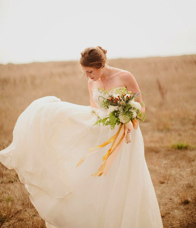 http://greenweddingshoes.com/dreamy-northern-california-farm-wedding-nelly-michael/