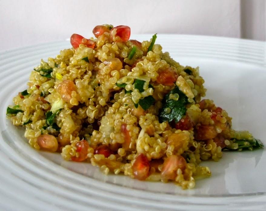 Quinoa com Amêndoas e Romã (vegana)