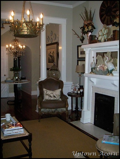 The uptown acorn ma maison the parlor my favorite room for Decore ma maison