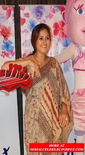 simran in saree blouse