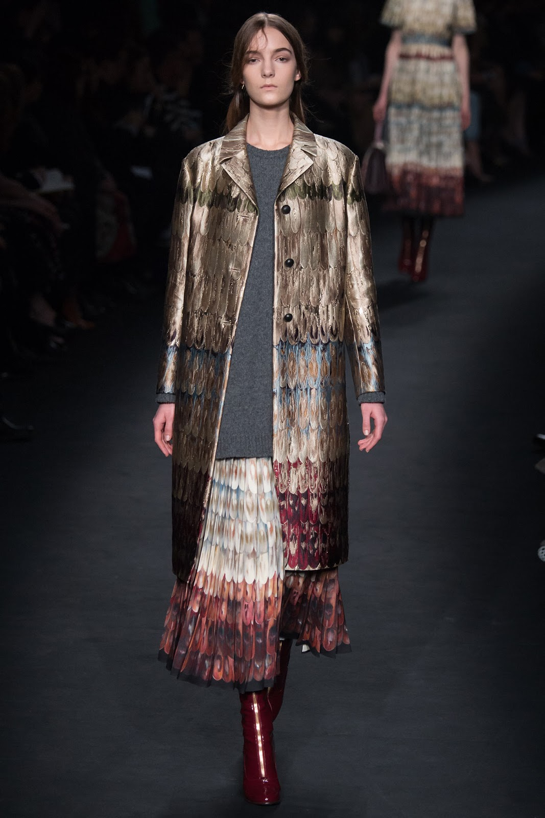 Brocade trend on AW 2015 runway at Valentino / via www.fashionedbylove.co.uk