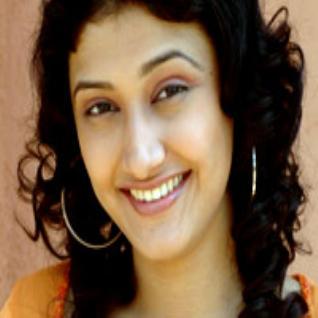 Ragini Khanna Face look