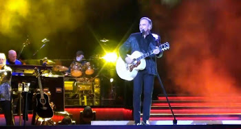Neil Diamond at Vector Arena, New Zealand
