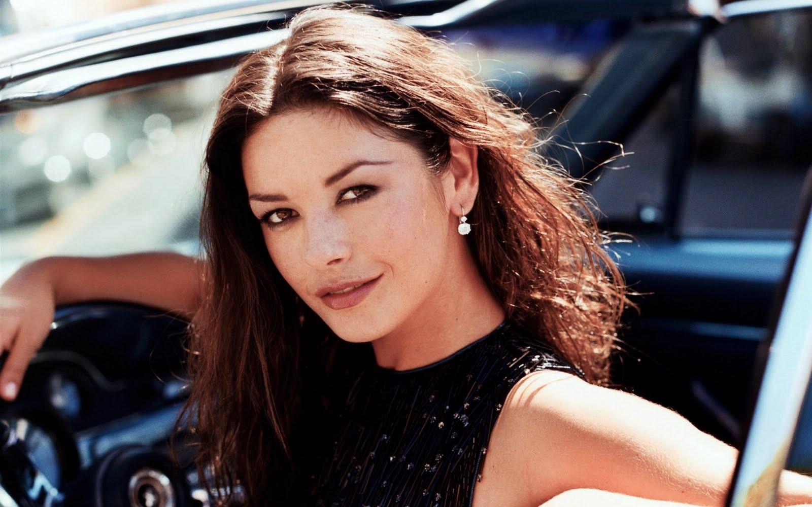 star 10: Beautiful British Women Alive Catherine Zeta ...