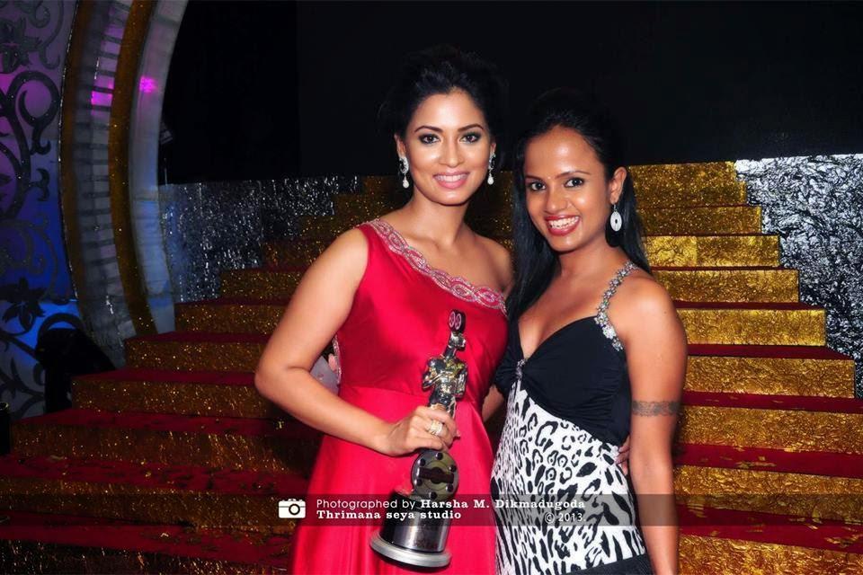 2012 Derana Lux Film Awards pooja n gayani