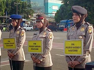 Contoh Jilbab Polwan Polda Metrojaya (foto Tribunnews)