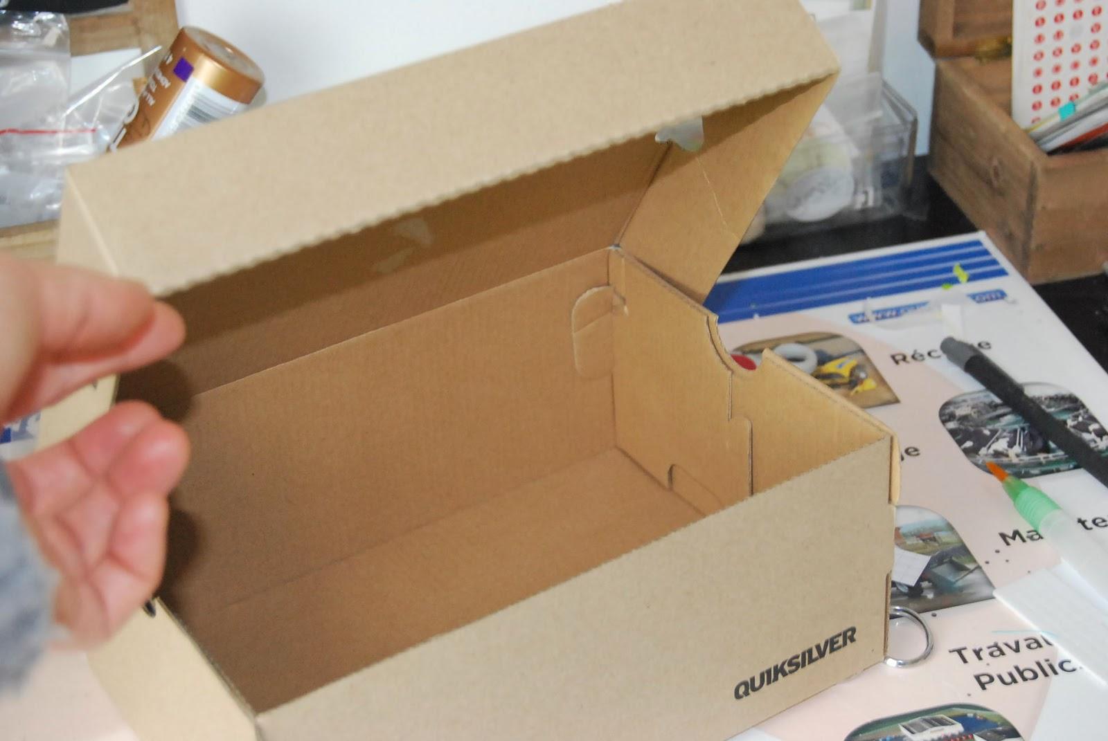 Une boite des 5 sens custom and craft - Customiser boite carton ...