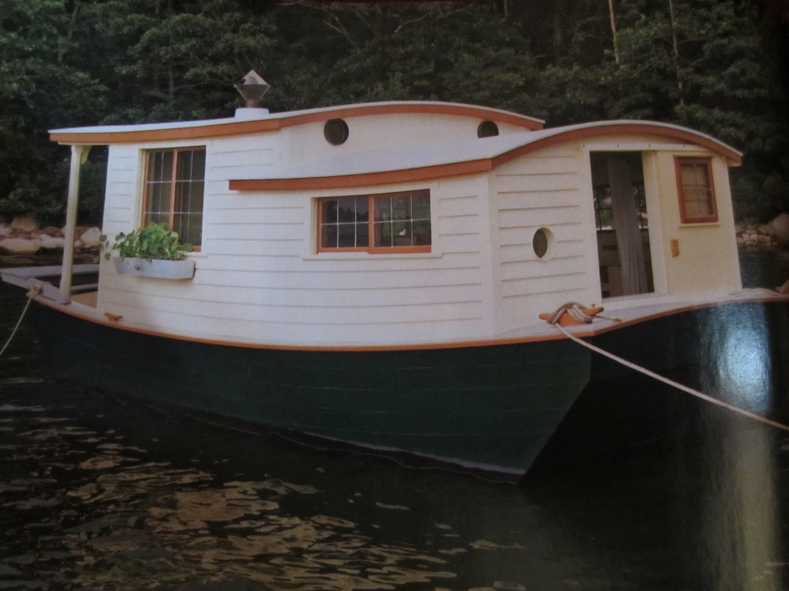 Image gallery shanty houseboats for Boat house plans pictures