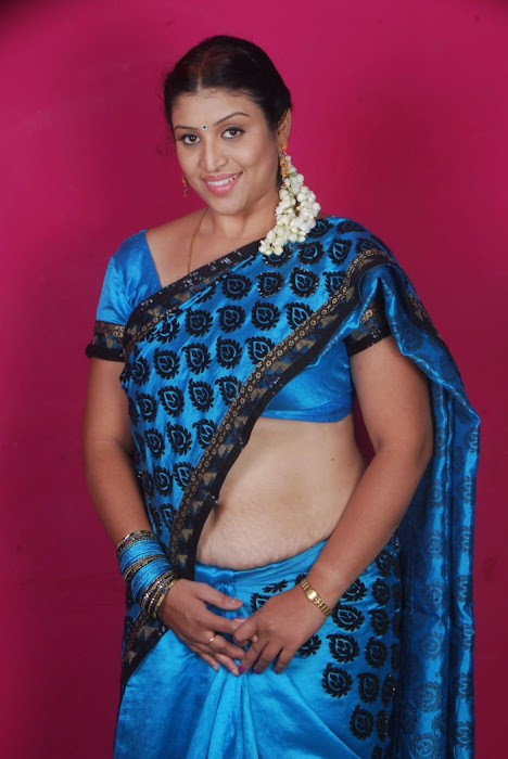 uma character artist in saree