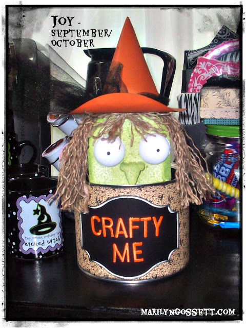 Halloween witch peekaboo jar