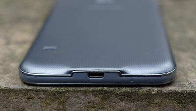 Perbandingan Samsung Galaxy S5 vs. Samsung Galaxy S5 Neo