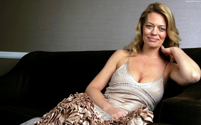 Jeri Ryan HD Wallpaper -09