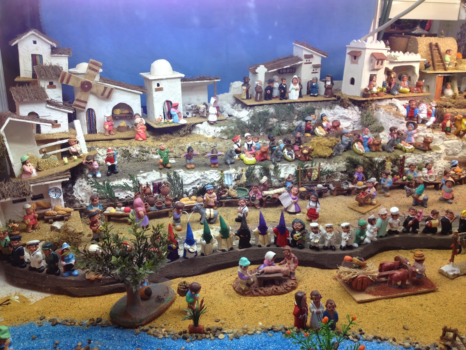 christmas traditions in spain Nochebuena is a christmas eve celebration celebrated  all about the hispanic christmas eve  in spain, a traditional nochebuena dinner will see people.