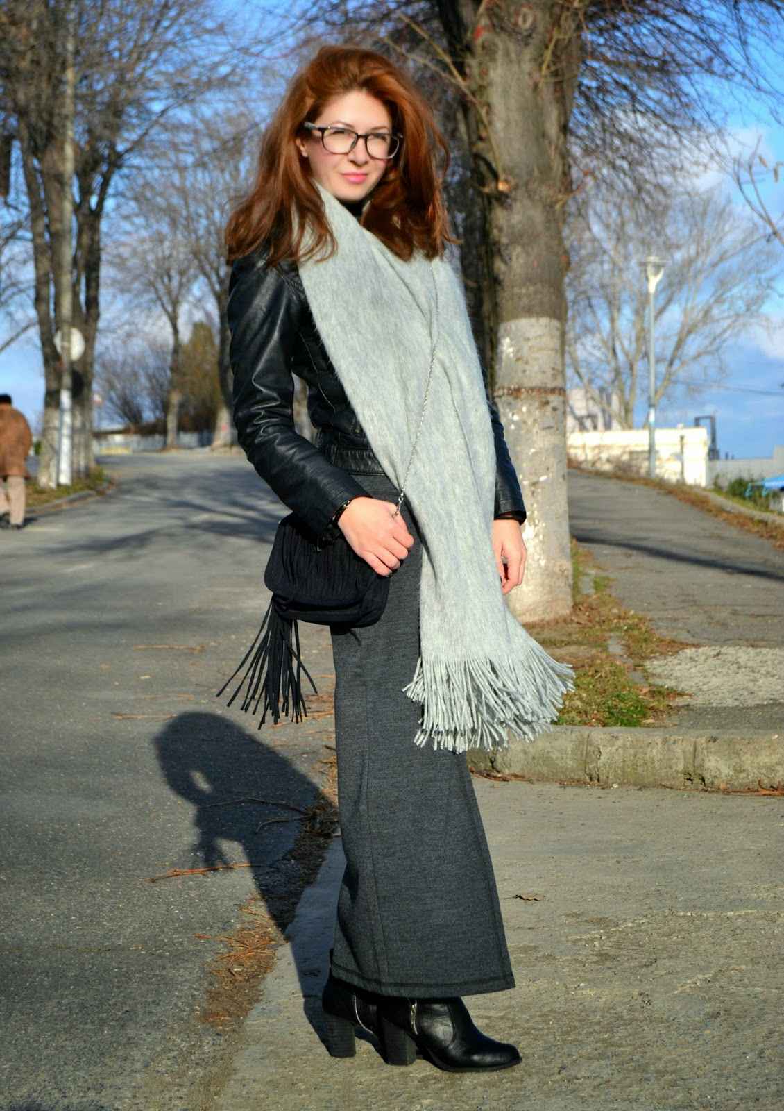C&A skirt, h&m scarf, new look purse, new look boots