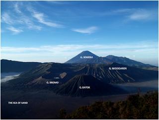 http://www.wisatagunungbromo.com/2013/05/asal-usul-legenda-gunung-bromo.html