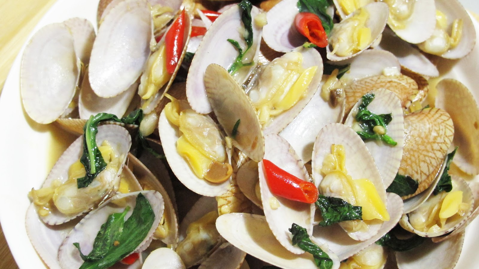 Stir-Fried Clams With Thai Chili Jam And Basil Recipe — Dishmaps