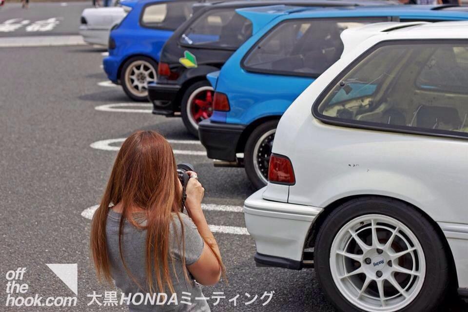 Honda Civic IV & V hatchback, popularne hatchbacki, samochody z lat 80 i 90, VTEC, B16, grianghraf