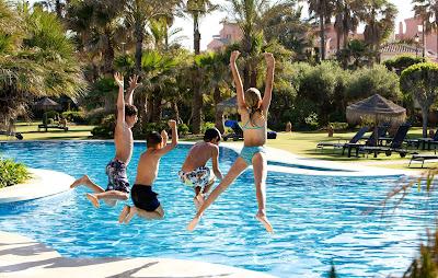 Consejos para los más pequeños en las piscinas
