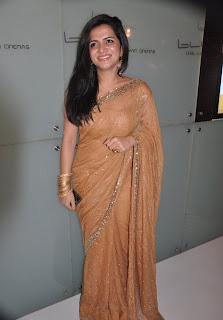 Vijay TV VJ Divya Darshini