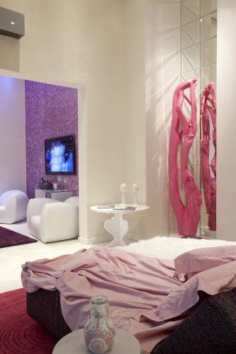 DORMITORIO INSPIRADO EN KARIM RASHID by dormitorios.blogspot.com