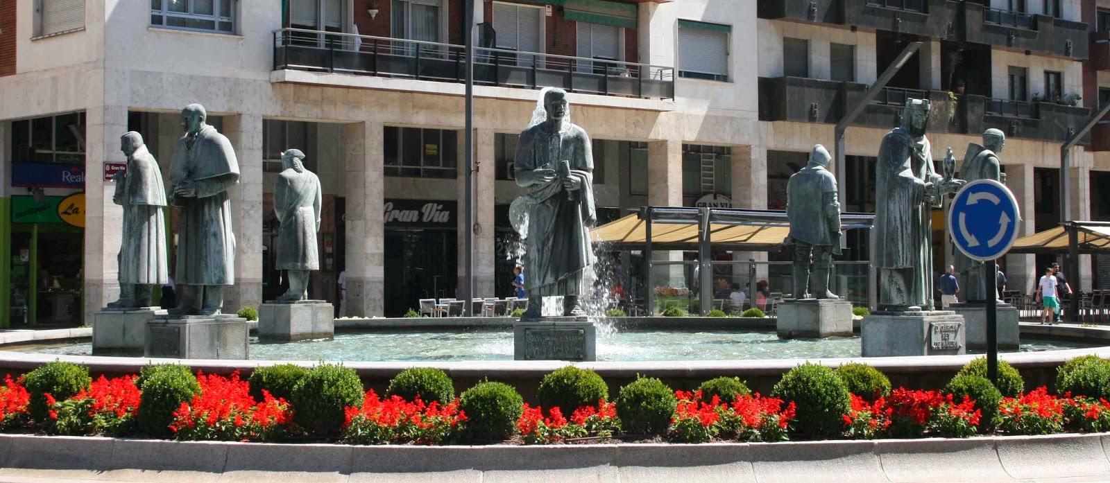 Logro eses ilustres c lebres y famosos esculturas urbanas de logro o - Fuente de los banos montanejos ...