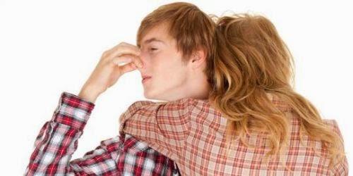 cara mengatasi bau badan pada wanita