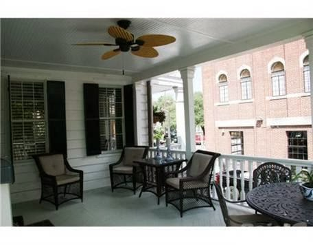 http://www.trulia.com/property/3005431005-113-E-Oglethorpe-Ave-Savannah-GA-31401#photo-16