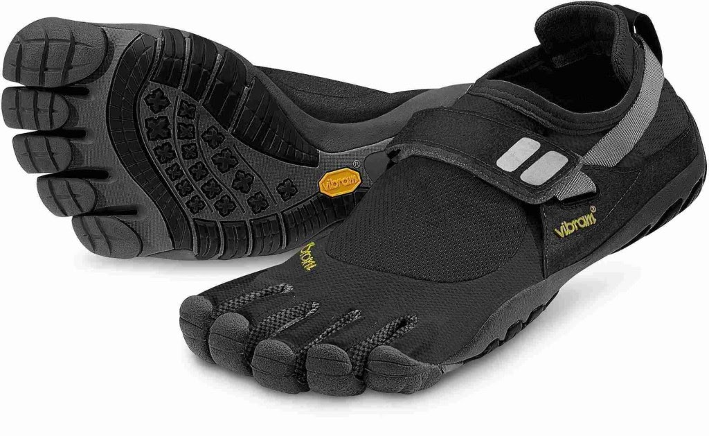 new fashion in latest boy shoes design 2014