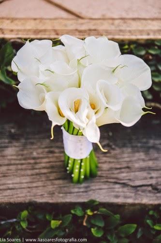 Bouquet Copo de Leite Branco com estilizado com mini pérolas!