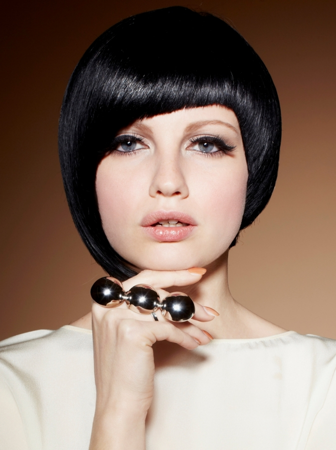 Bob haircuts angled bob hairstyles 2013 are very trendy for Moderner bob