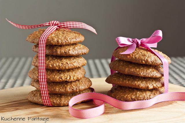 ciastka, przepis, ciasteczka owsiane, kruche, owsiane, ciastka, łatwe, szybkie, z czekoladą