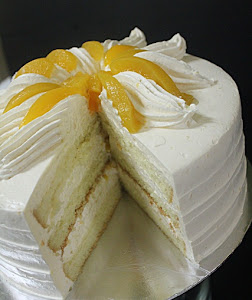 Snowy Peach Custard Cake