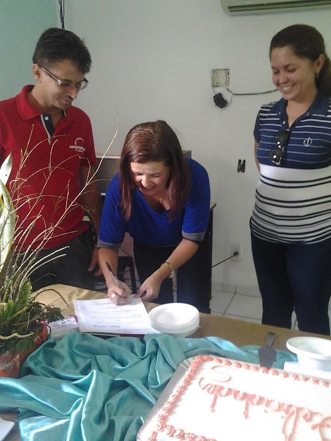 Prefeita Luíza Rocha oficializa professora Joelma na Secretaria de Educação
