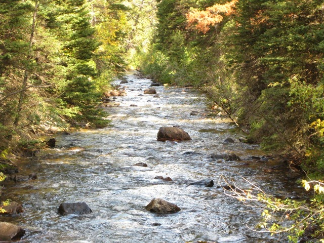 photo of the boulder river