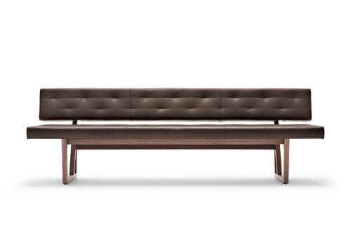 wonenonline nieuw op de meubelbeurs keulen 2016 vakwerk ontmoet dining bank rolf benz 624 en. Black Bedroom Furniture Sets. Home Design Ideas