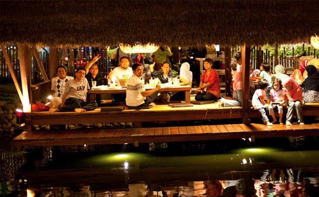 Talaga Sampireun Ancol, Restaurant Sekaligus Wisata Keluarga