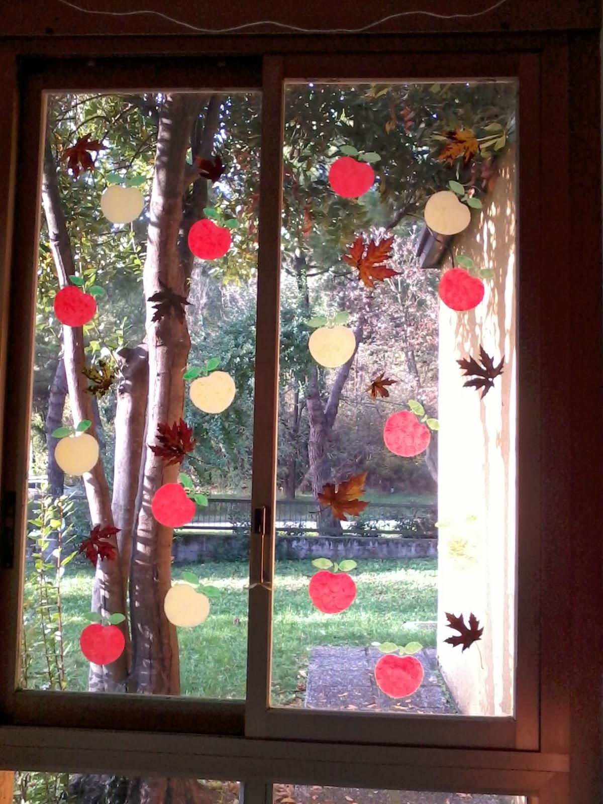 Maestra laura l 39 autunno alle porte anzi alle finestre - Si espongono alle finestre ...