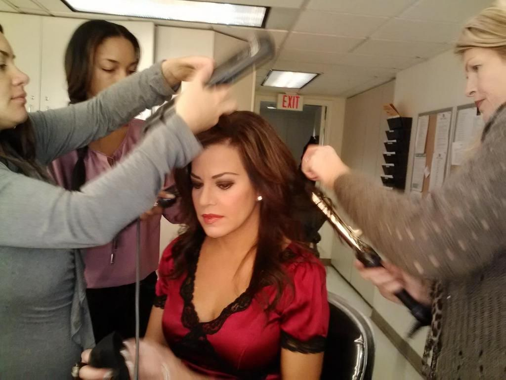 Is Robin Meade In For A New Hair Style Robin Meade Blog Robin