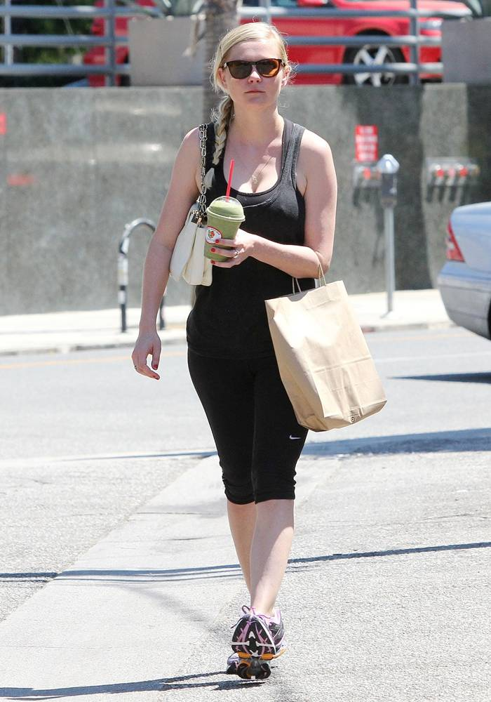 Kirsten Dunst Leaving the Gym in Studio City