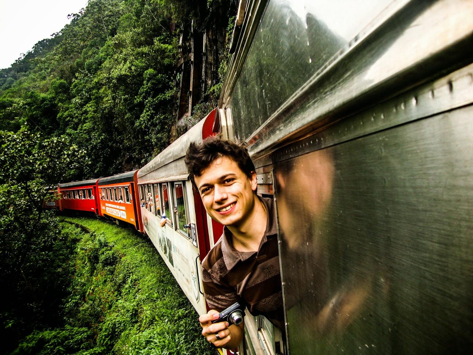 Resultado de imagem para passeio de trem curitiba