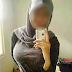 Gadis Melayu Tunjuk Buah Tembikai Semua Ini Semata mata untuk mendapatkan like yang 1 sen tak berguna