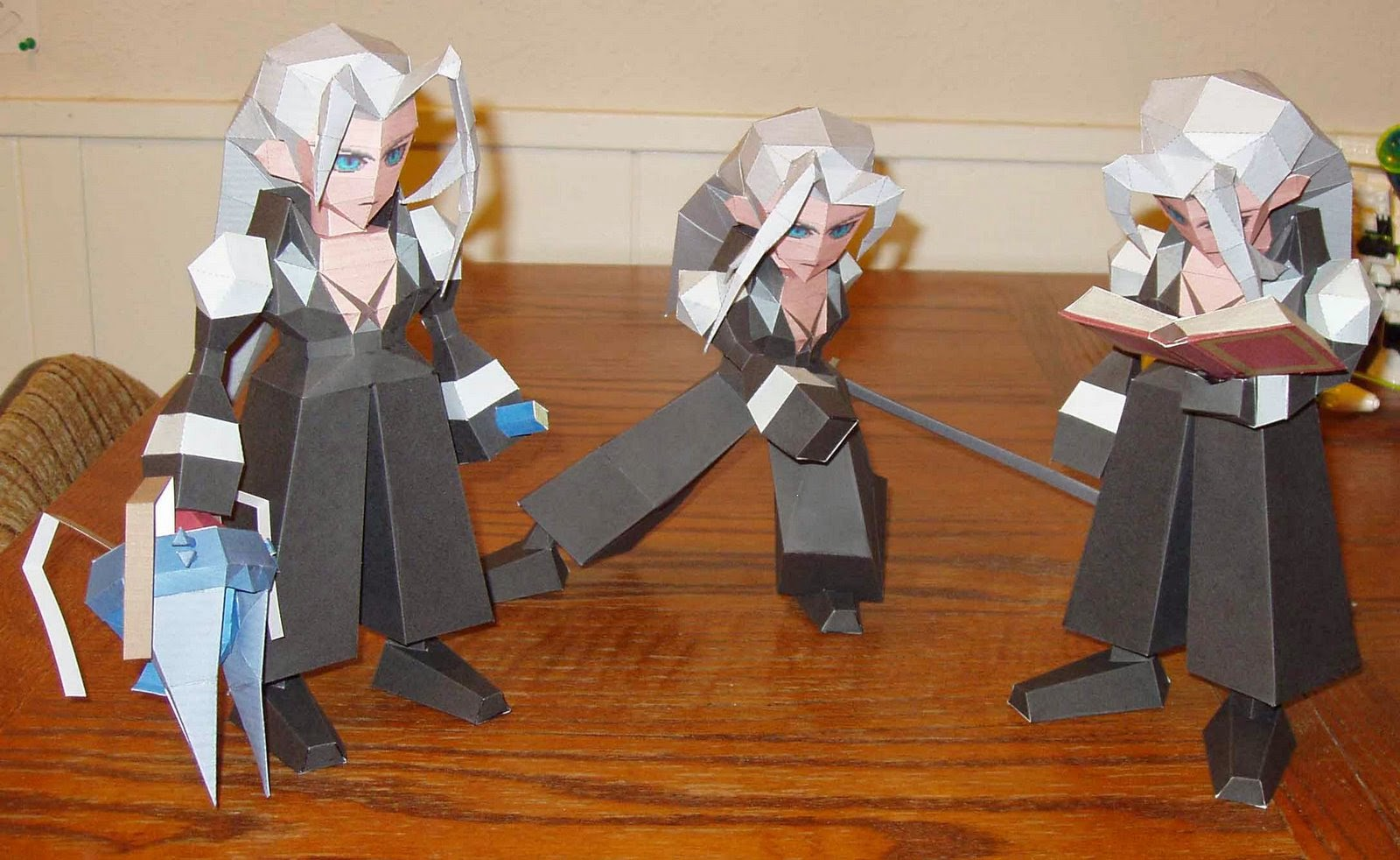 Final Fantasy Papercraft Sephiroth